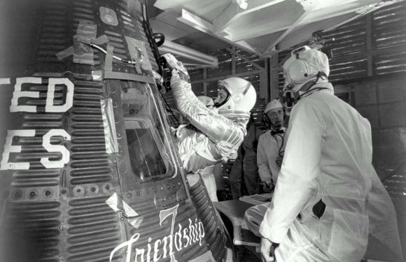 Audio File Of Astronaut John Glenn, After Countless UFOs Encircle Him In Space