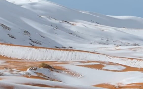 Exceptional Snow Blizzard Covers The Sahara Desert