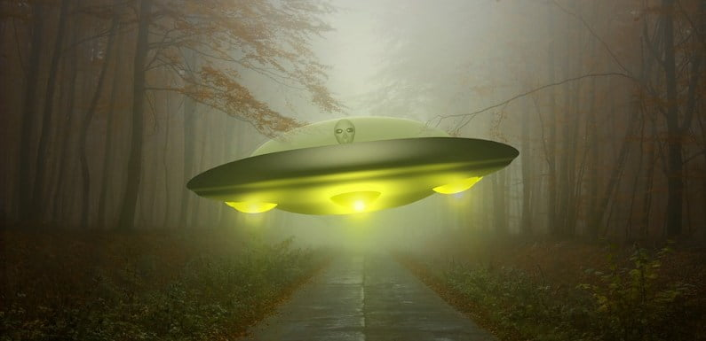 Interested How UFOs Fly? Pentagon Official Blows The Whistle