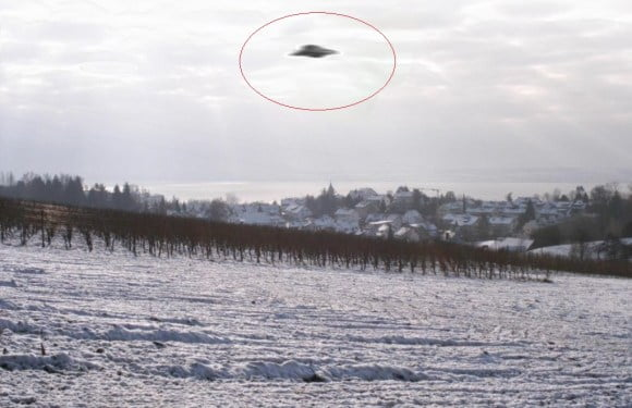 Real UFO Sightings Captured On Camera